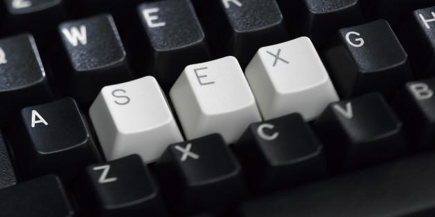 """Pornografia online: ecco cosa dice una pornostar sull'accesso """"facile"""" ai minori"""