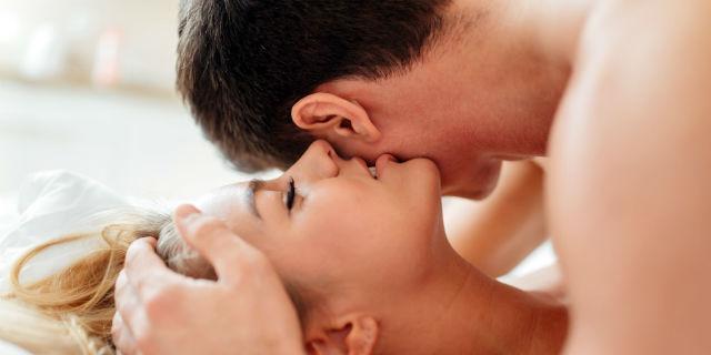 una notte stand sesso anale