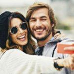 Perché le coppie felici non postano le loro foto sui social