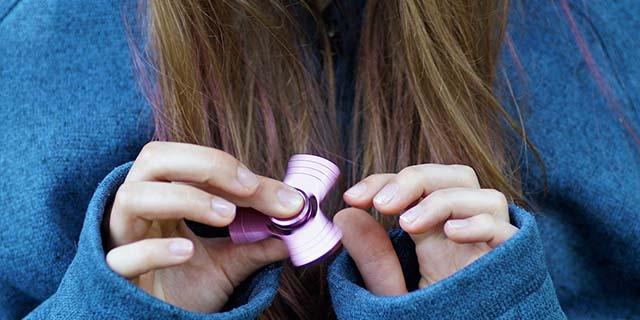 Fidget Spinner: i ragazzini lo usano (anche) come sex toy