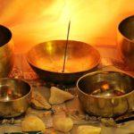 Lingam, il massaggio tantrico del pene: come si fa e benefici