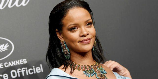 Cosa pensa Rihanna del giorno in cui ha perso la verginità
