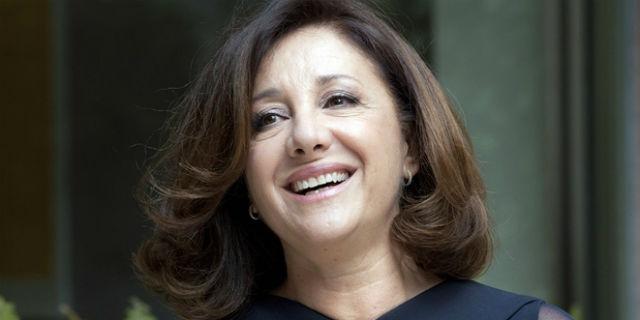 """""""Siamo tutti traditi e traditori"""" e la """"filosofia delle corna"""" di Carla Signoris"""
