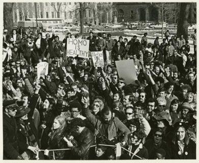 Quella notte di soprusi allo Stonewall nel 1969 in cui nacque l'orgoglio LGBT