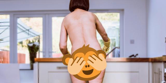 Chi sono le naturist cleaners che lavano e stirano completamente nude