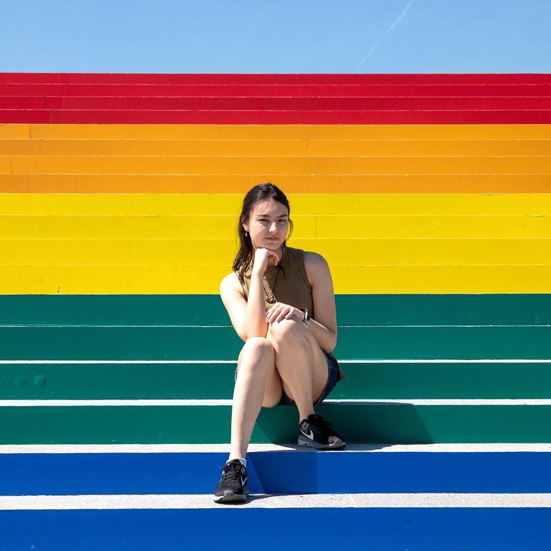 """""""Quando ho scoperto di essere bisex"""": 5 ragazze e ragazzi si raccontano"""