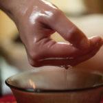 """Massaggio Nuru: la tecnica erotica giapponese per preliminari  """"scivolosi"""""""