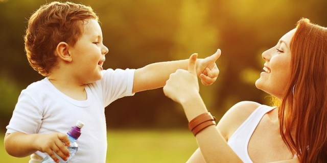 """L'Emozionante Lettera Di Un Ragazzo Alla Mamma: """"Tu, il mio supereroe"""""""