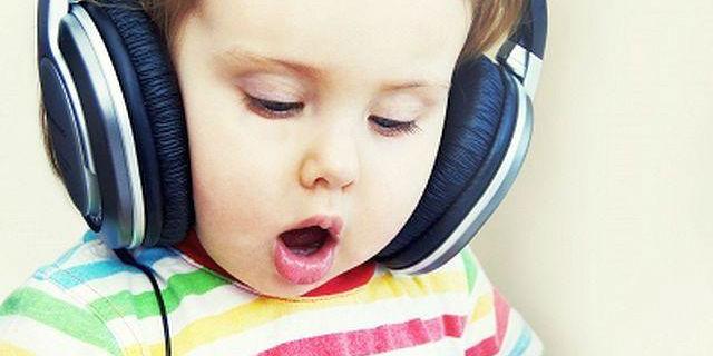 Le 12 canzoni più belle da dedicare ai figli