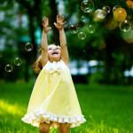 Come Crescere un Bambino Felice Prima dei 3 Anni: Ecco i Consigli di Masaru Ibuka