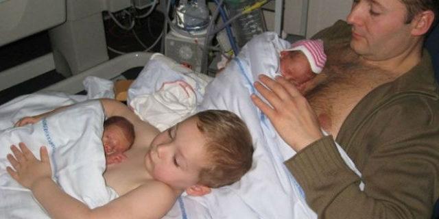 Storie che meritano: il bellissimo gesto di un bambino per il suo fratellino