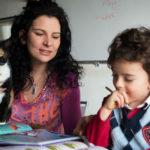 """""""Niente scuola: io i miei 5 figli li educo a casa"""". Come funziona l'homeschooling"""