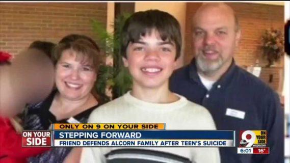 Le ultime parole di Leelah, che i genitori volevano maschio, prima del suicidio