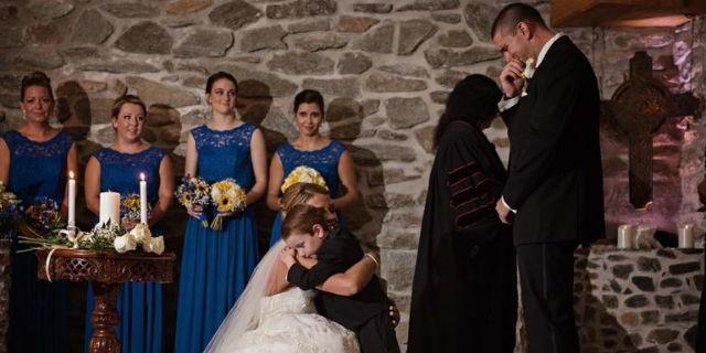 La promessa della sposa al figlio e all'ex compagna del marito