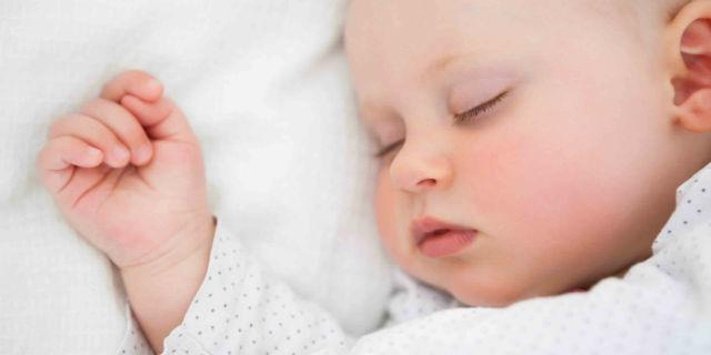 6 tipi di rumore bianco che fanno dormire i bambini e rilassano gli adulti