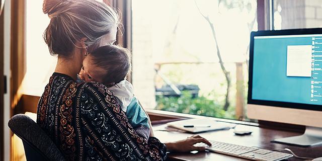 Le mamme hanno una marcia in più sul lavoro (ma spesso non lo sanno)