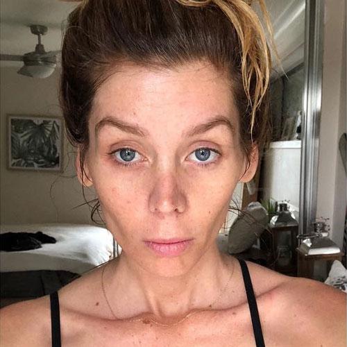"""""""Mi stava consumando corpo e mente"""": Sheridyn Fisher racconta l'iperemesi gravidica"""