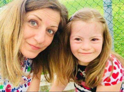 """""""Il cromosoma in più di mia figlia la rallenta, ma non le impedisce di essere felice"""""""