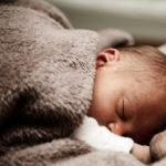 Come cambiano corpo e cervello di un uomo quando diventa papà