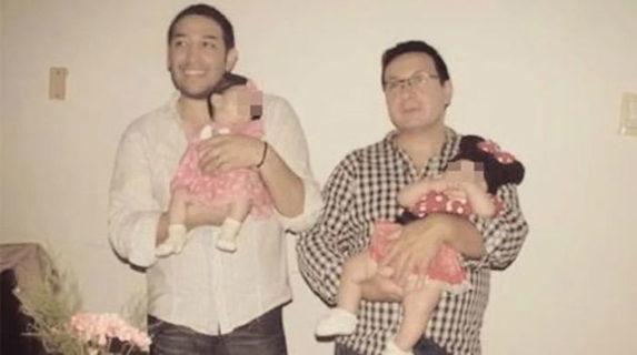 Storia di Olivia, la bambina che nessuno voleva adottata da due papà gay