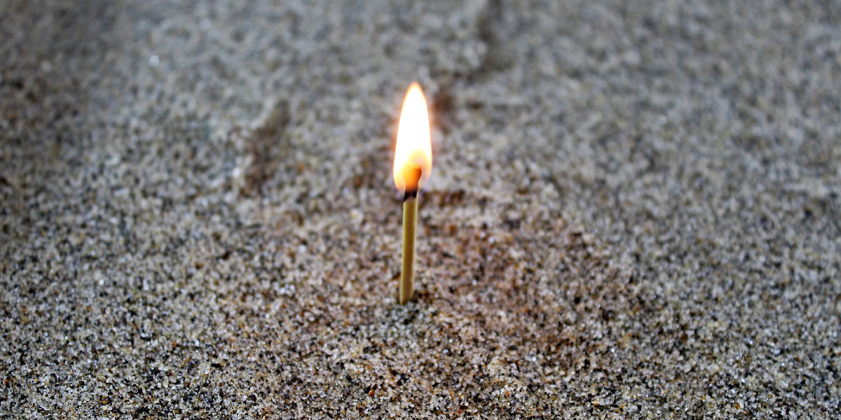 fuoco fiamma come si comporta esperimenti