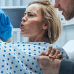 Hypnobirthing, è davvero possibile partorire senza dolore con l'ipnosi?
