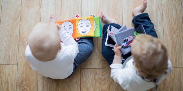 Libri per neonati: da quelli tattili ai libri sonori, 15 consigli