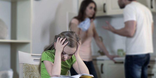 Separazioni conflittuali ad alto rischio di abusi inconsapevoli sui figli