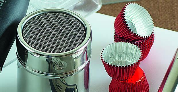 Lavorare il cioccolato gli attrezzi del mestiere roba - Lavorare in cucina ...