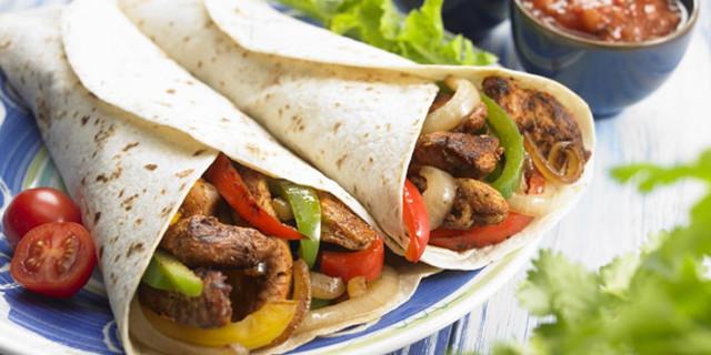 Fajitas messicane di pollo e manzo