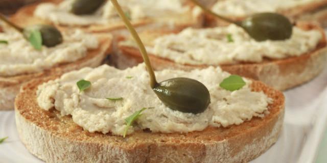 Ricetta crostini con mousse al tonno