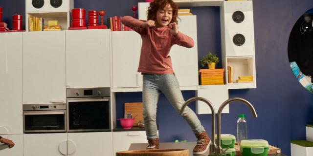 """Le 5 """"regole"""" dei bambini (e di IKEA) ai genitori per... cucinare insieme"""