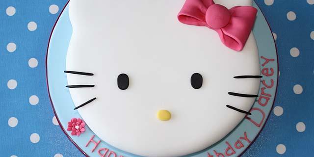 Torta Hello Kitty: come realizzarla a casa in pochi semplici passi