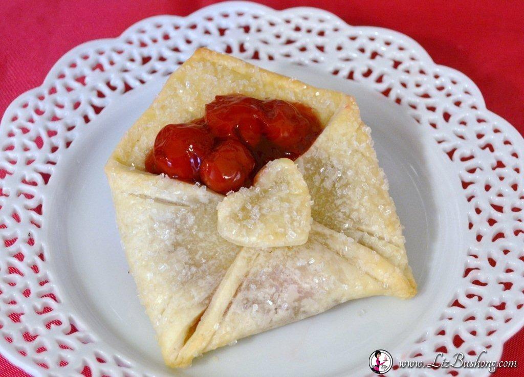 Buste di pasta bris con cuore di ciliegia ricetta for Marchi di pasta da non mangiare