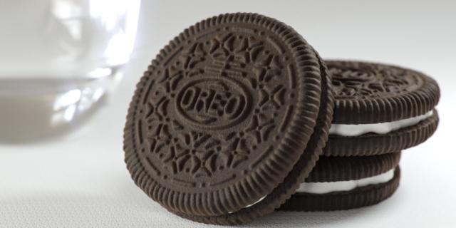 Oreo lancia il concorso social: mezzo milione a chi reinventa il biscotto cult
