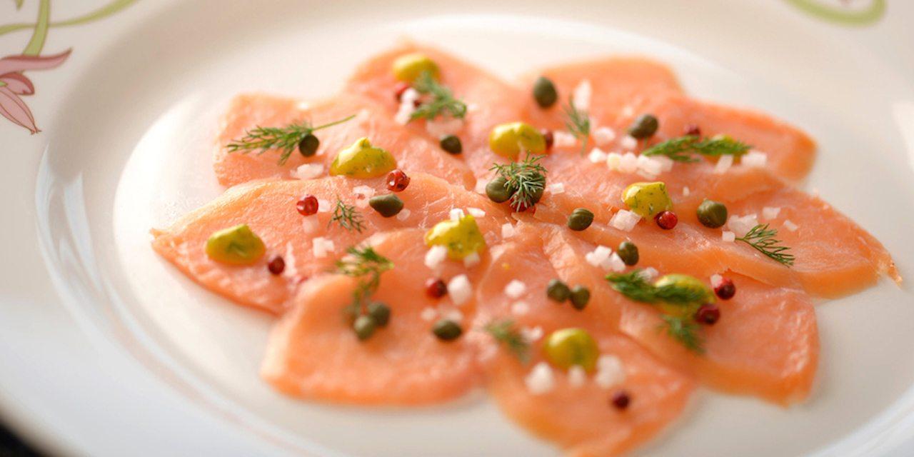 Ricetta Salmone Norvegese Affumicato.Ricetta Carpaccio Di Salmone Roba Da Donne