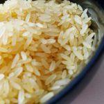 Il modo in cui cuociamo il riso ci espone all'arsenico. Ecco come dovremmo fare