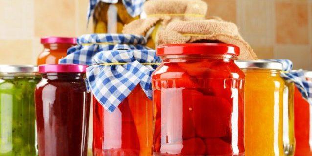 sterilizzare i vasetti di vetro nel microonde