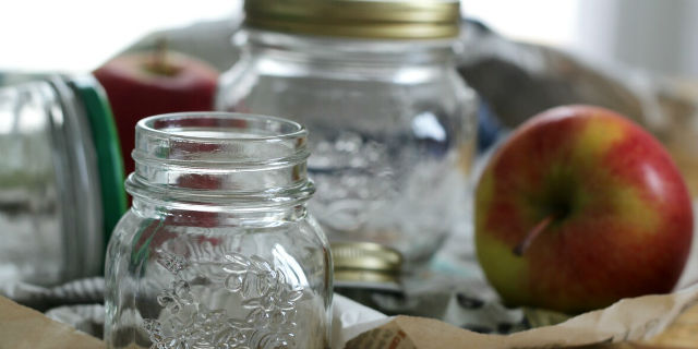 Perché sterilizzare i vasetti di vetro?