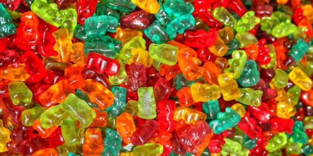 Haribo, gli orsetti gommosi e le altre caramelle sarebbero prodotte da schiavi