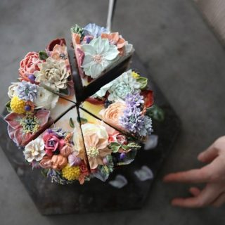 Così belle che dispiace mangiarle: le torte floreali di Atelier Soo