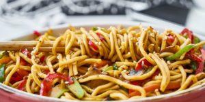 Ricetta Noodles Giapponesi Pollo.Ricetta Noodles Con Verdure Roba Da Donne