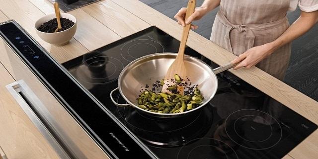 Piano a induzione, ecco perché preferirlo alla tradizionale cucina a gas