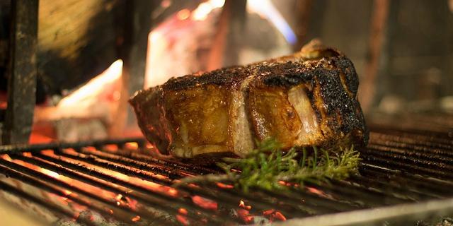 4 consigli per cucinare la bistecca fiorentina perfetta