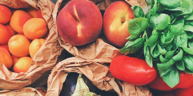 Alimenti antiossidanti: esistono davvero dei cibi che non fanno invecchiare?