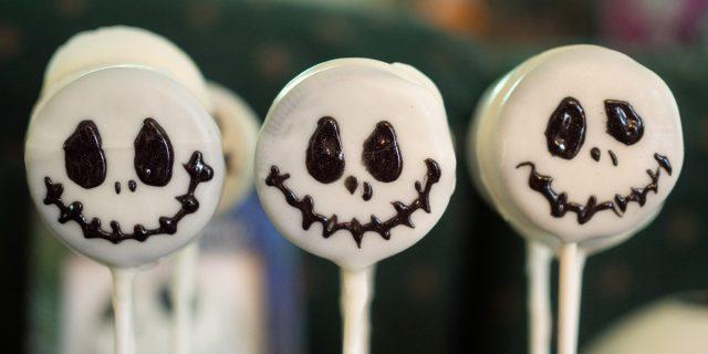 Dolcetti di Halloween che sono scherzetti mostruosi e buoni da realizzare