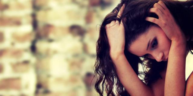 10 Piccoli Errori Quotidiani che ti Rendono Infelice