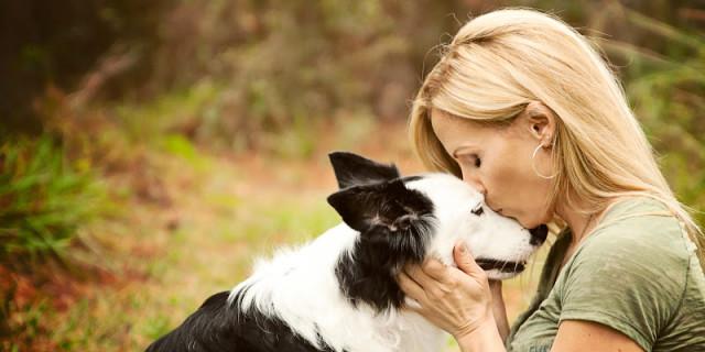 7 Ragioni per cui Non Dovresti Baciare il Tuo Cane