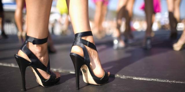 Tacchi Alti: Ecco in che Modo Possono Danneggiare il tuo Corpo