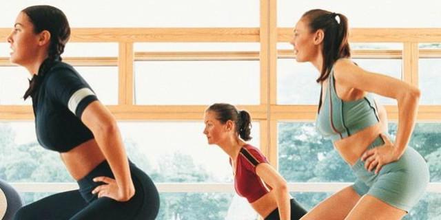 Glutei perfetti: come eseguire gli squat a casa
